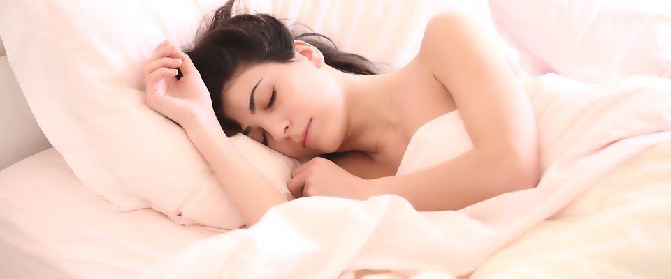 Regelmatige nachtrust is van essentieel belang